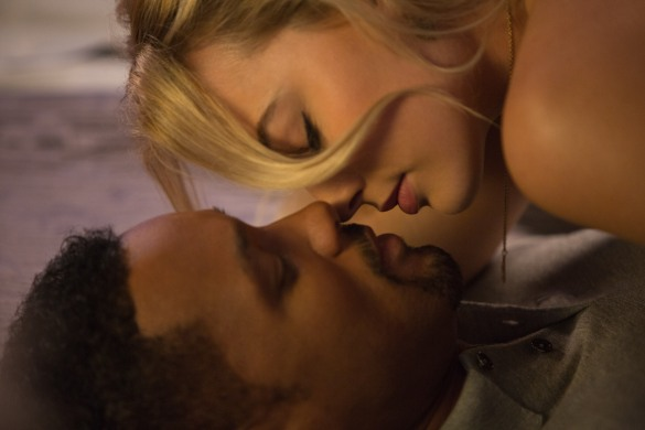 Will Smith and Margot Robbie do a lotta bonin' in