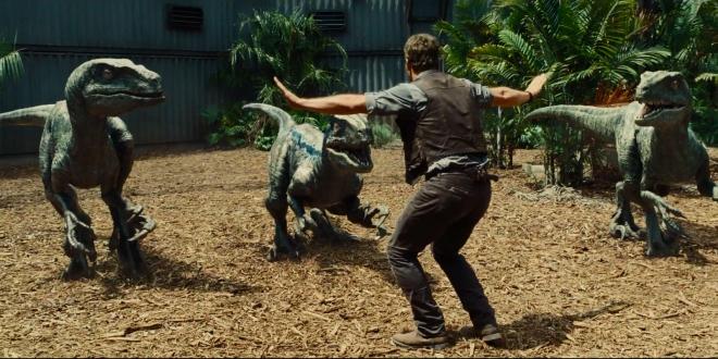 Chris Pratt with raptors in JURASSIC WORLD