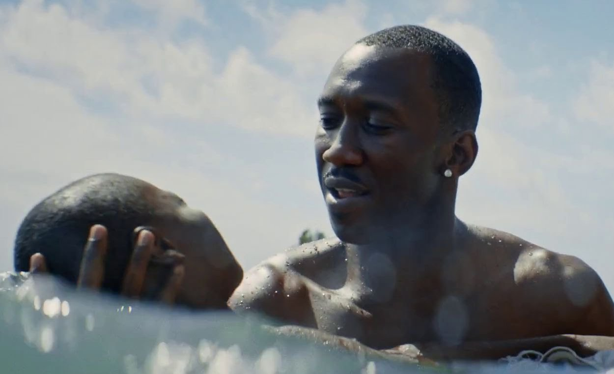 Alex R. Hibbert and Mahershala Ali in MOONLIGHT.